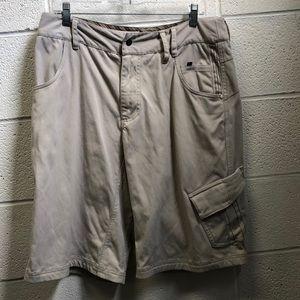 Lululemon beige shorts, sz 34, 61439